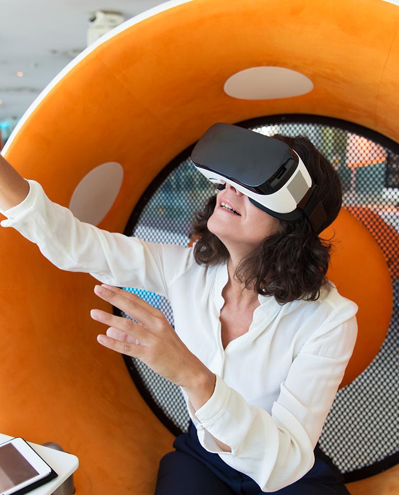 Digital-Customer-Experience-Hero
